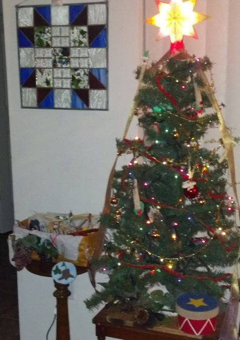 I almost forgot to tell you about our Jesse Tree! It's NOT too late to start the Advent Countdown!
