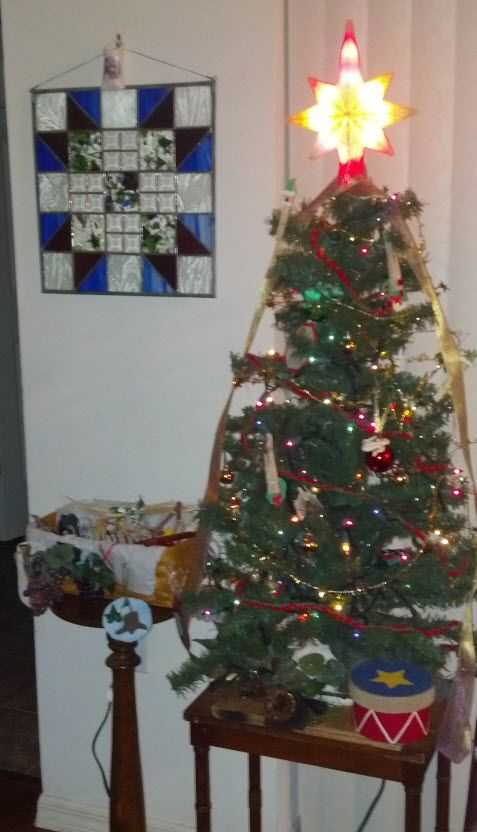 I almost forgot to tell you about our Jesse Tree! It