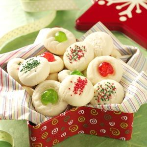 Our Favorite Christmas Recipes: Whipped Shortbread Cookies