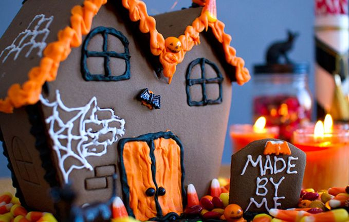 LOWER PRICE!! DIY Halloween Cookie House $14.00 Shipped!