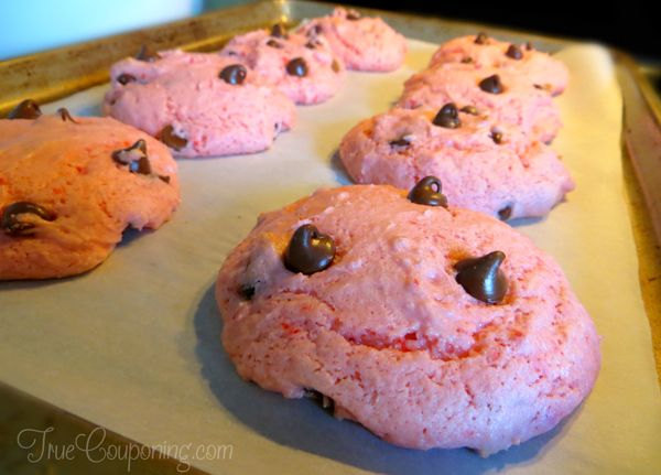Strawberry-Chocolate-Chip-Cookies-InProcess_2