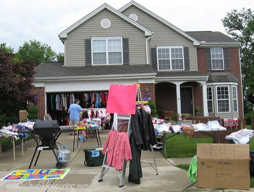 Make Money selling at a yard sale