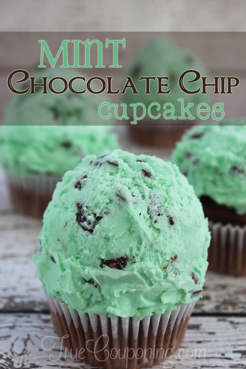 Mint-Chocolate-Chip-Cupcakes