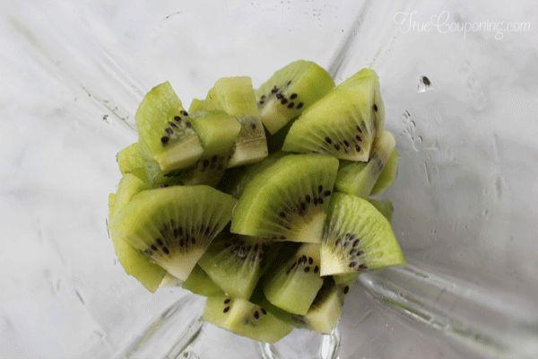 Watermelon Kiwi Pops Process2