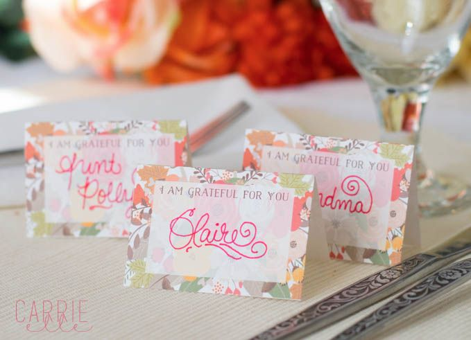 Perfect for Your Dinner Table! FREE Thanksgiving Place Card Printables!