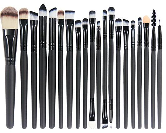 Need to Replace Your Makeup Brushes?