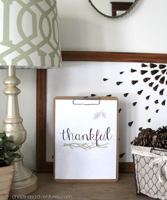 FREE Printable Thanksgiving Decor!