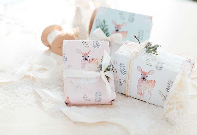 FREE Printable Christmas Wrapping Paper!