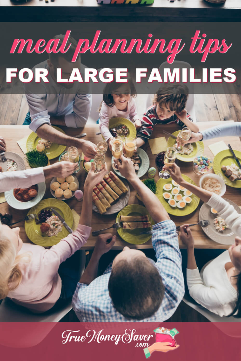 Do You have a large family? Then it's time to get your meals organized using these large family meal planning tips! Use these large family meal planning ideas to get on top of your meal plan game! 