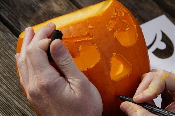 christian pumpkin carving