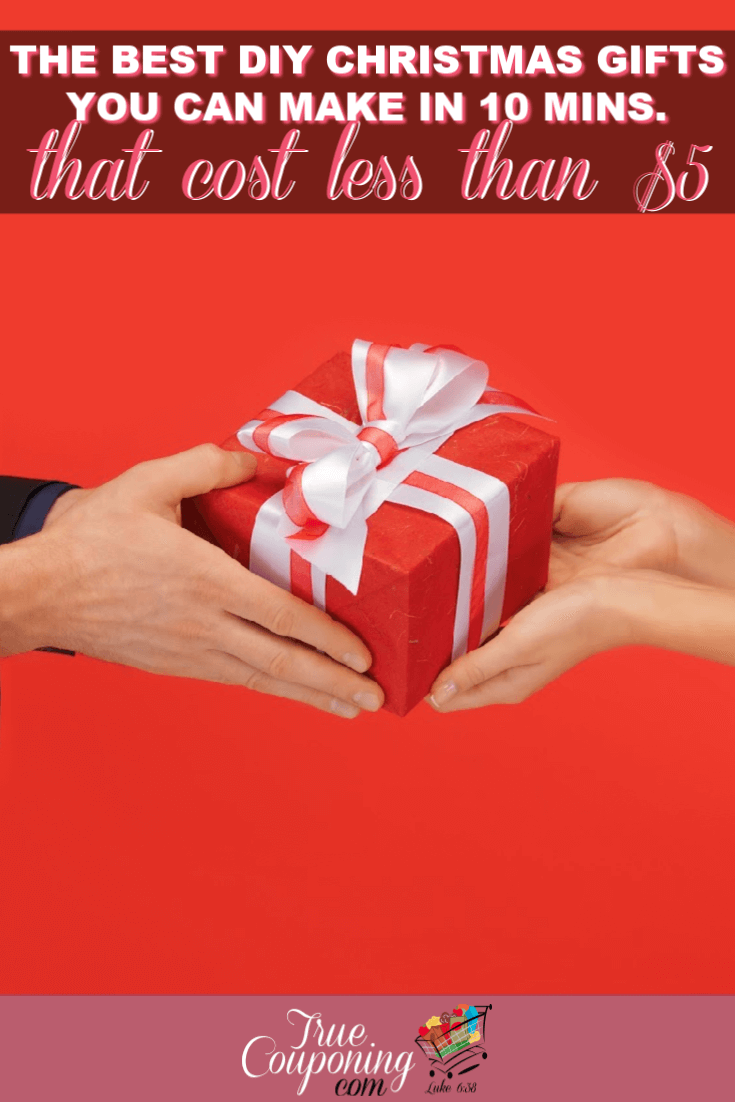 Christmas gifts can be challenging to make, especially CHEAP ones! These items are perfect for gifting, they are FAST to make, AND inexpensive also! #savingmoney #diychristmas