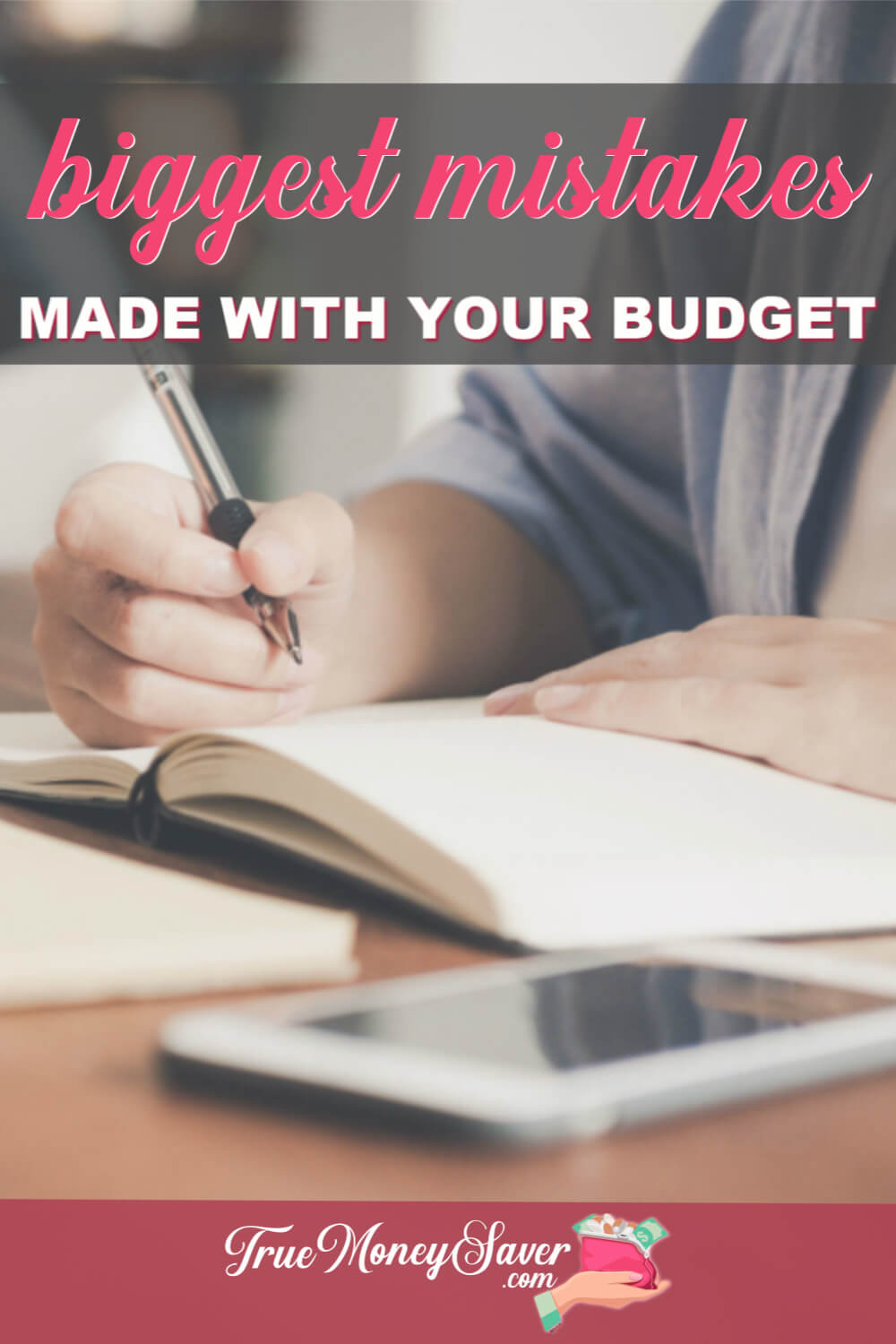Living on a budget can be pretty complicated. Avoid those budgeting mistakes with these budget planning ideas! Plus, I\'ve got some great budgeting for beginner\'s tips to help your budget stay on track. Start your budget here! 