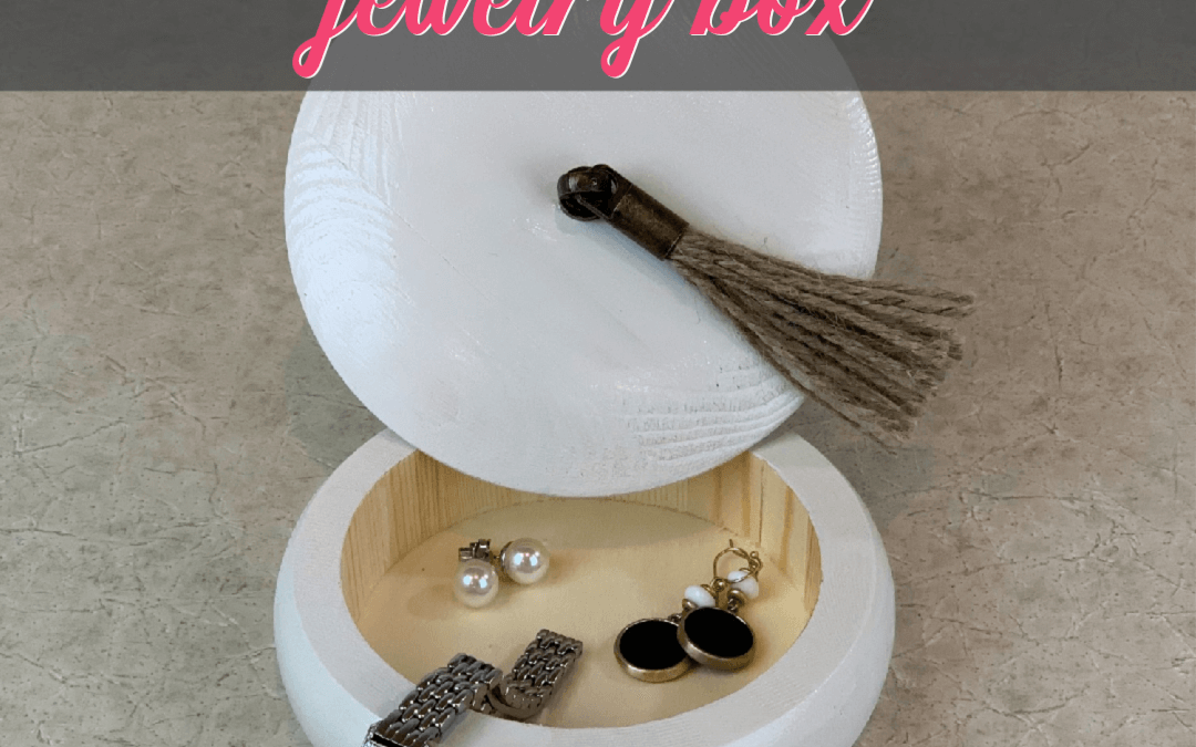 The Best Personalized Jewelry Box You Can Make This Year {Homemade Christmas DIY Gift BONUS}